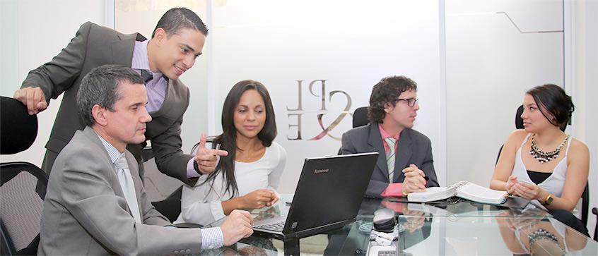 Proteccion Legal y Empresarial Nosotros